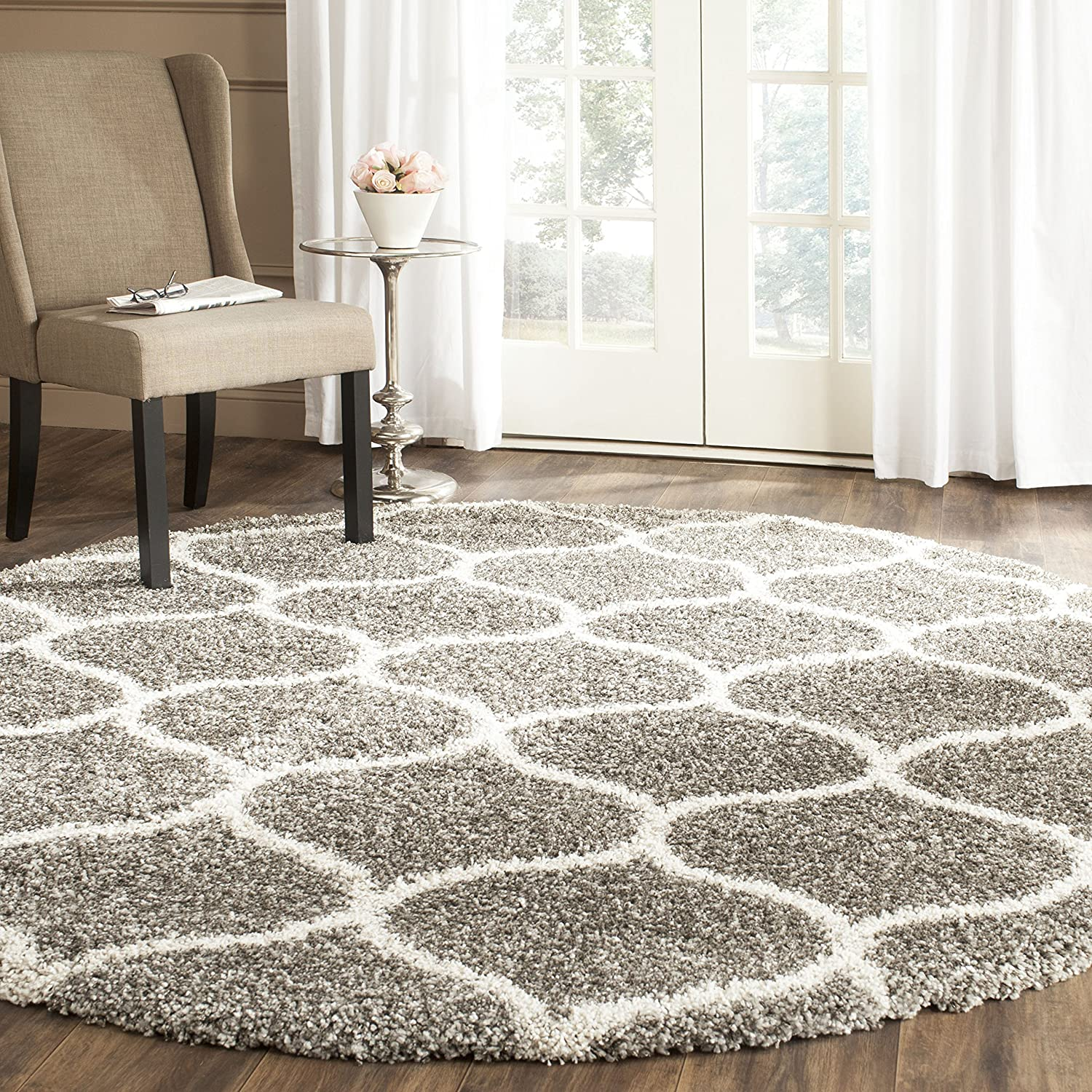 Safavieh Hudson Shag CollectionGrey and Ivory Moroccan Ogee Plush Round Area Rug (7' Diameter)