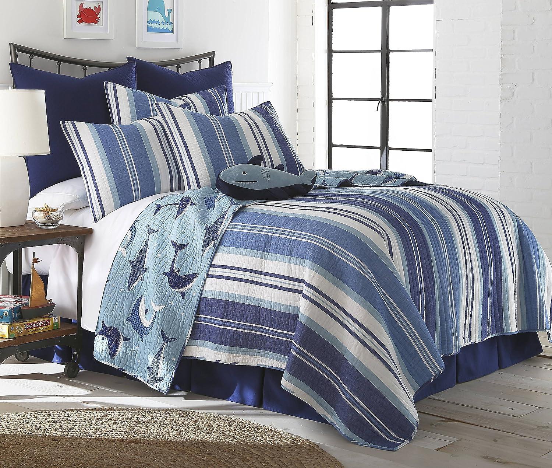 Amazon.com: Sammy Shark Twin Cotton Quilt Set, Blue: Home & Kitchen : shark quilt cover - Adamdwight.com
