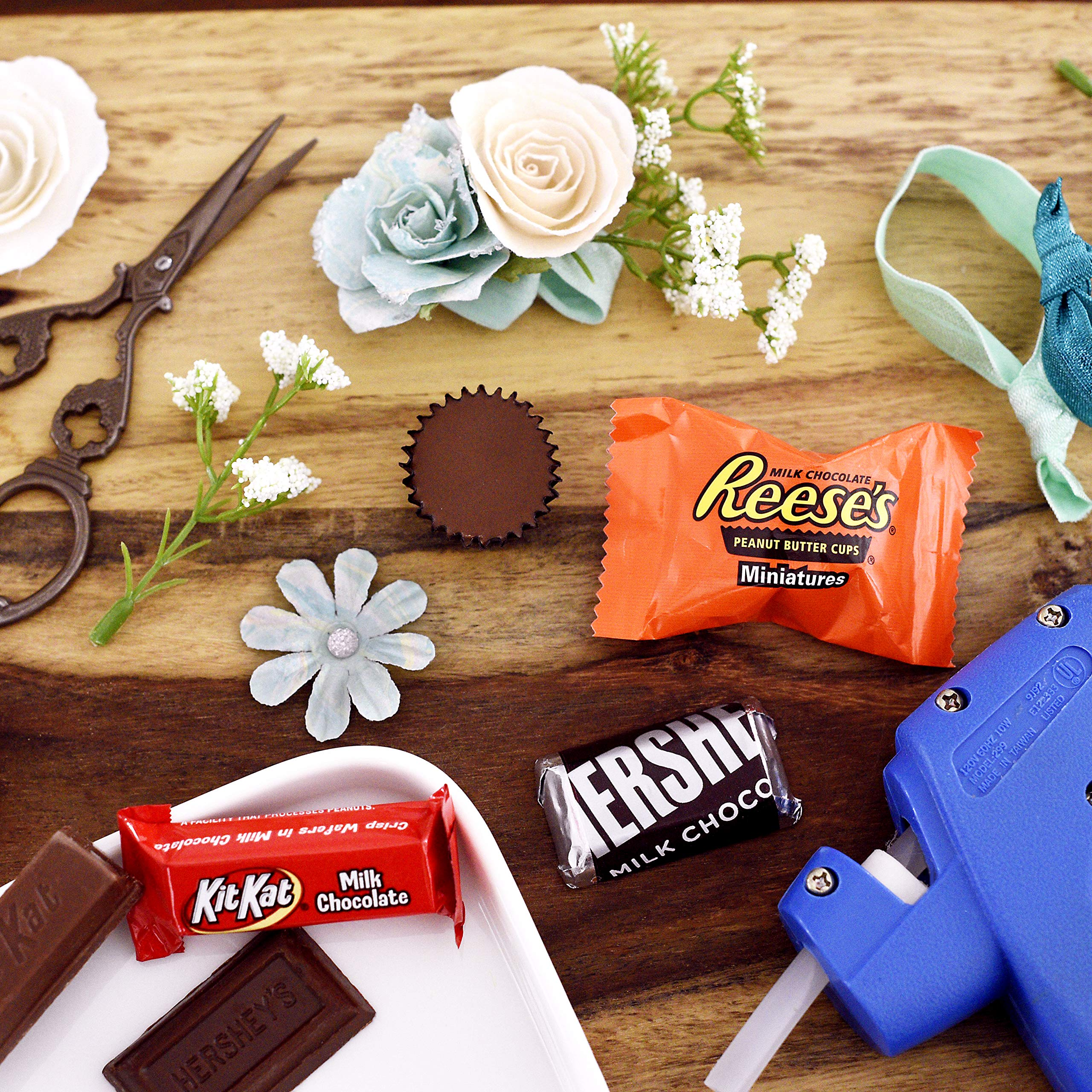 HERSHEY'S 5 Pound Candy Assortment, Bulk Chocolate Candy , HERSHEY'S, REESE'S, and KIT KAT, 265 Pieces by HERSHEY'S (Image #3)