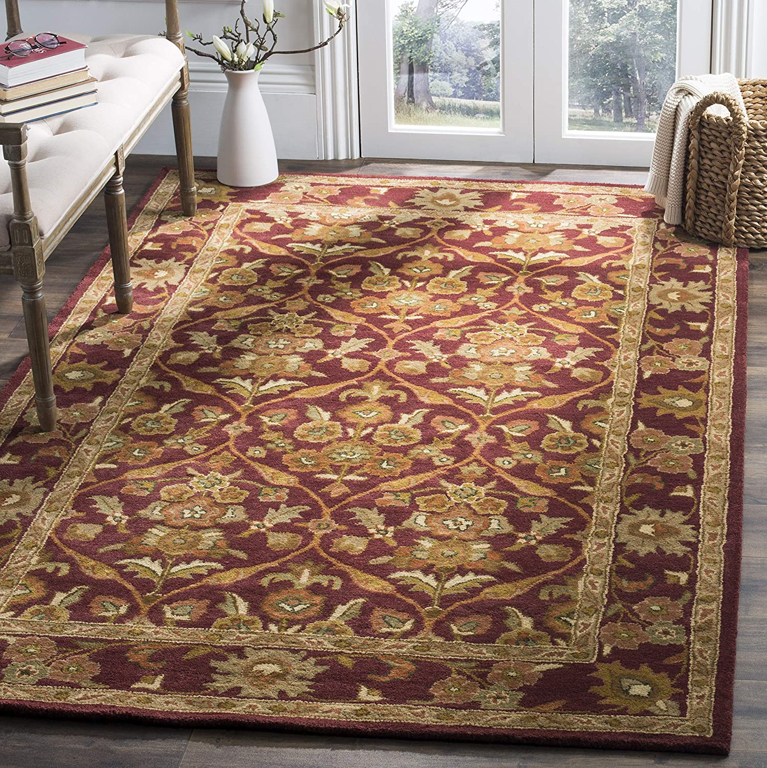 Amazon Com Safavieh Antiquity Collection At51a Handmade Traditional Oriental Premium Wool Area Rug 5 X 8 Wine Gold Furniture Decor