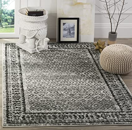 Ivory/ Silver , 3 x 5 : Safavieh Adirondack Collection ADR110B Ivory and Silver Vintage Distressed Area Rug (3 x 5)