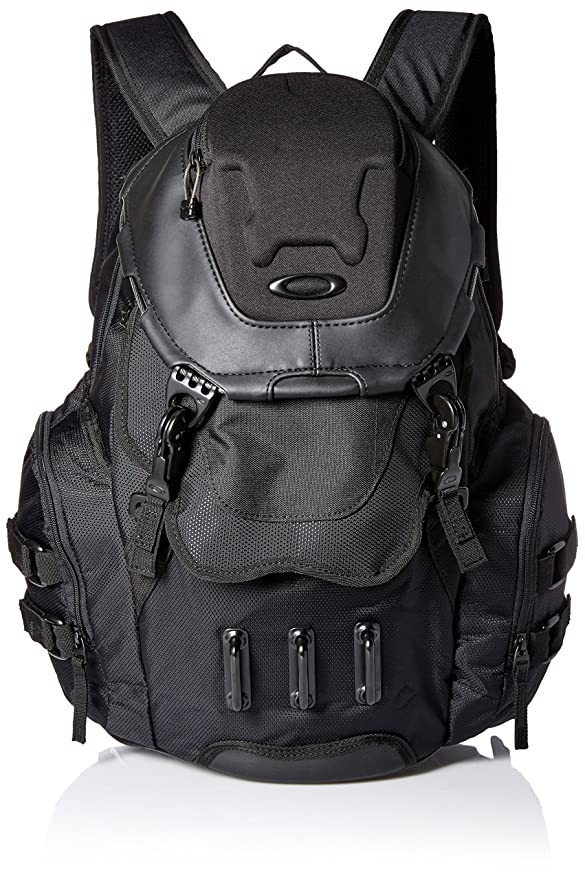 Amazon Com Oakley Men S Bathroom Sink Backpack Black One Size Clothing