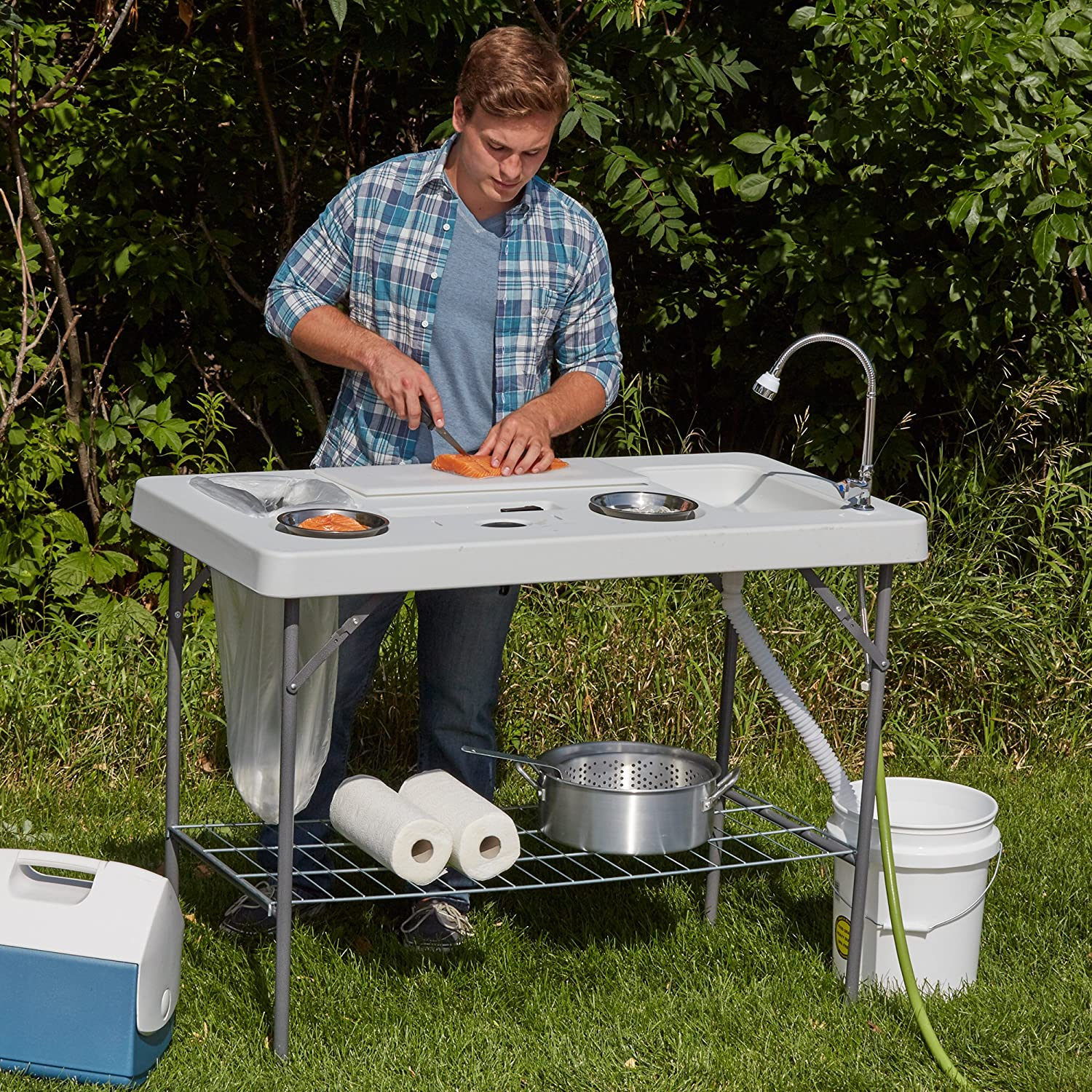 Amazon.com : Deluxe Fish Cleaning Camp Table with Flexible Faucet ...