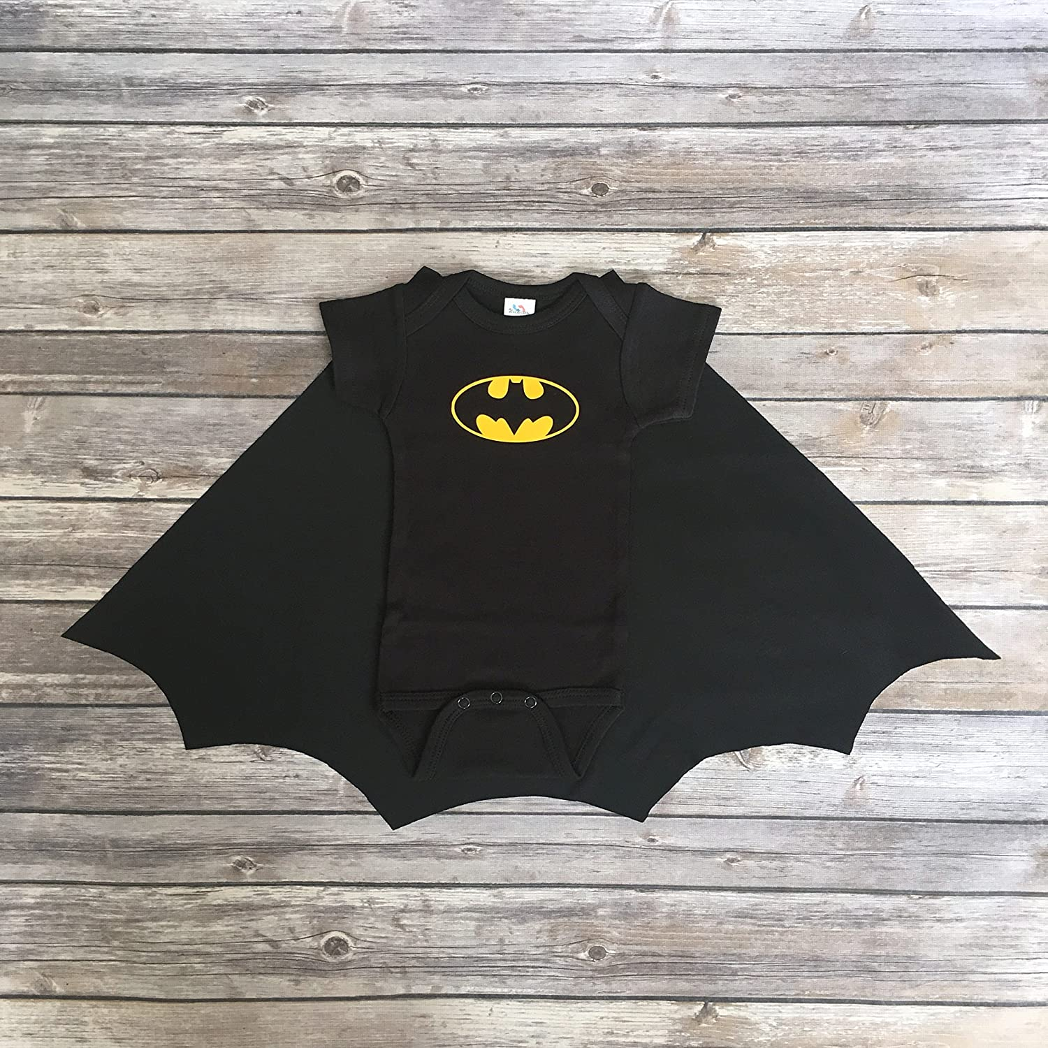 Handmade Baby Boy Super Hero Black Batman Onesie Bodysuit with Cape 6-12m