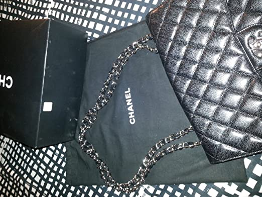 Amazon.com: Chanel Blanco y Negro cartera: Beauty