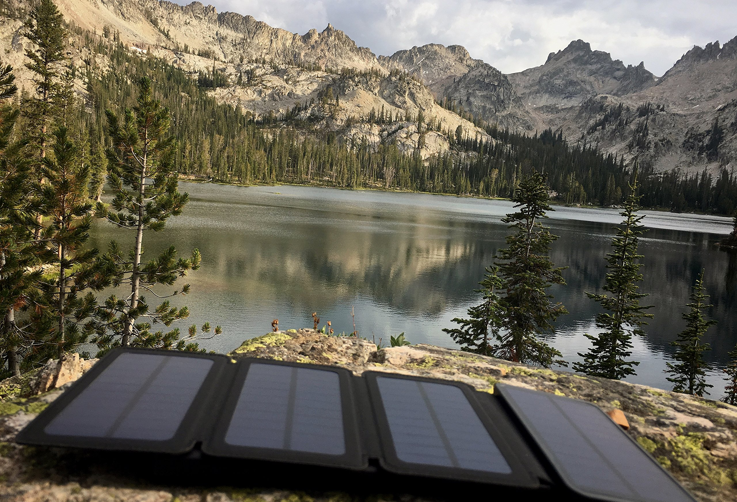 SunJack 5W Solar Charger Power Bank Portable External Battery with Flashlight for iPhone, iPad, Samsung, Backpacking, Camping, Hiking by SunJack (Image #5)