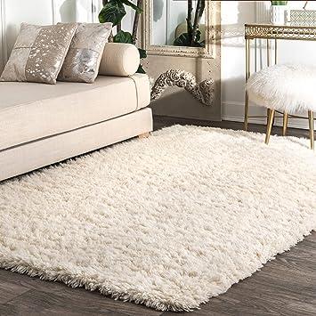 Amazon.com: nuLOOM Nida Plush Shag Area Rug, 9' x 12', Solid Ivory:  Furniture & Decor