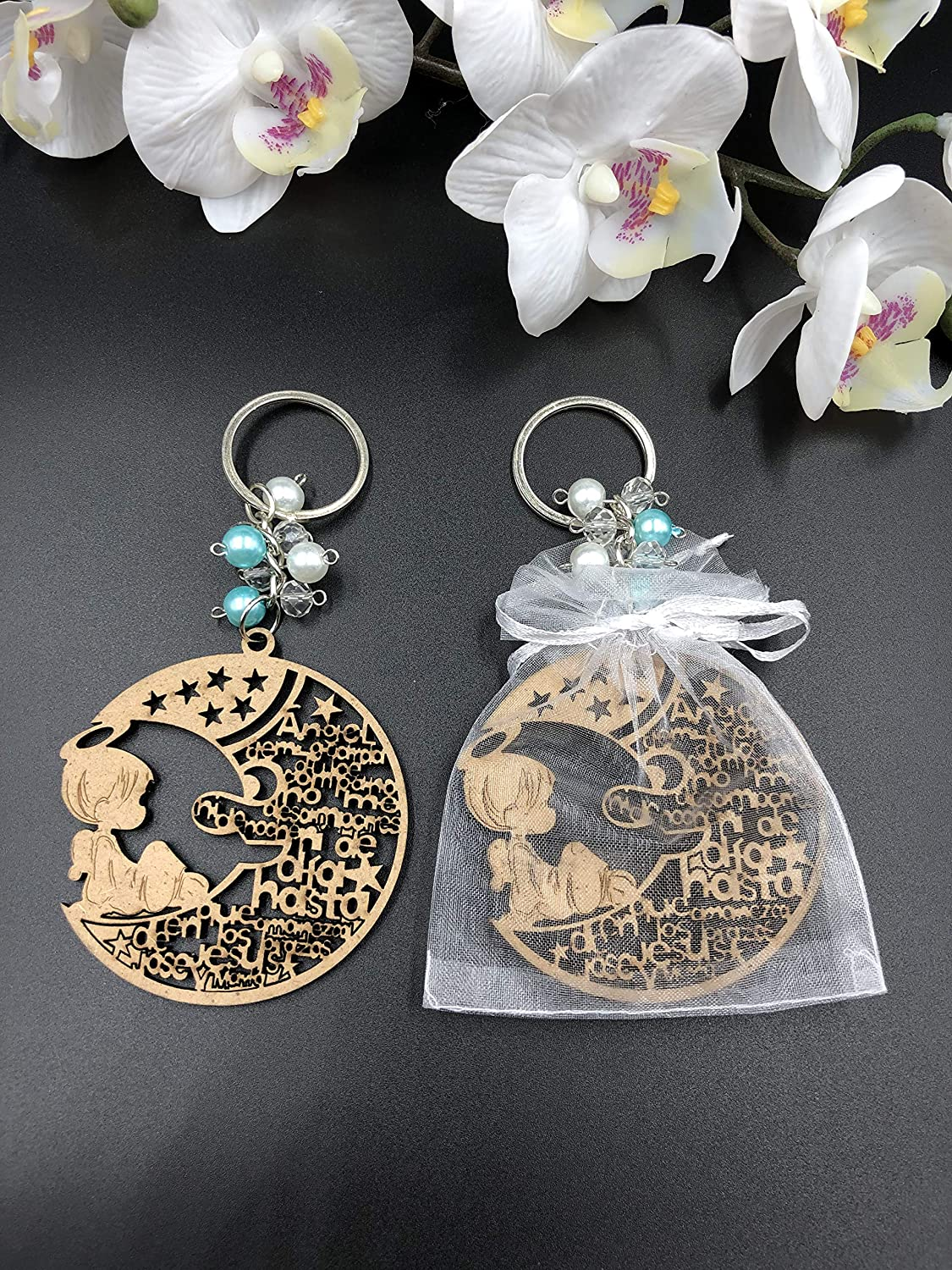 12Pcs Baptism Boy Blue Wood Angel Moon Design Keychain baptism Favors with Angels for Boy Recuerdos de Bautizo With Orgazna Bags