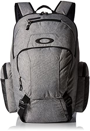 ef3c1ea1b7 Amazon.com  Oakley Mens Blade Wet Dry 30 Backpack One Size Heather ...