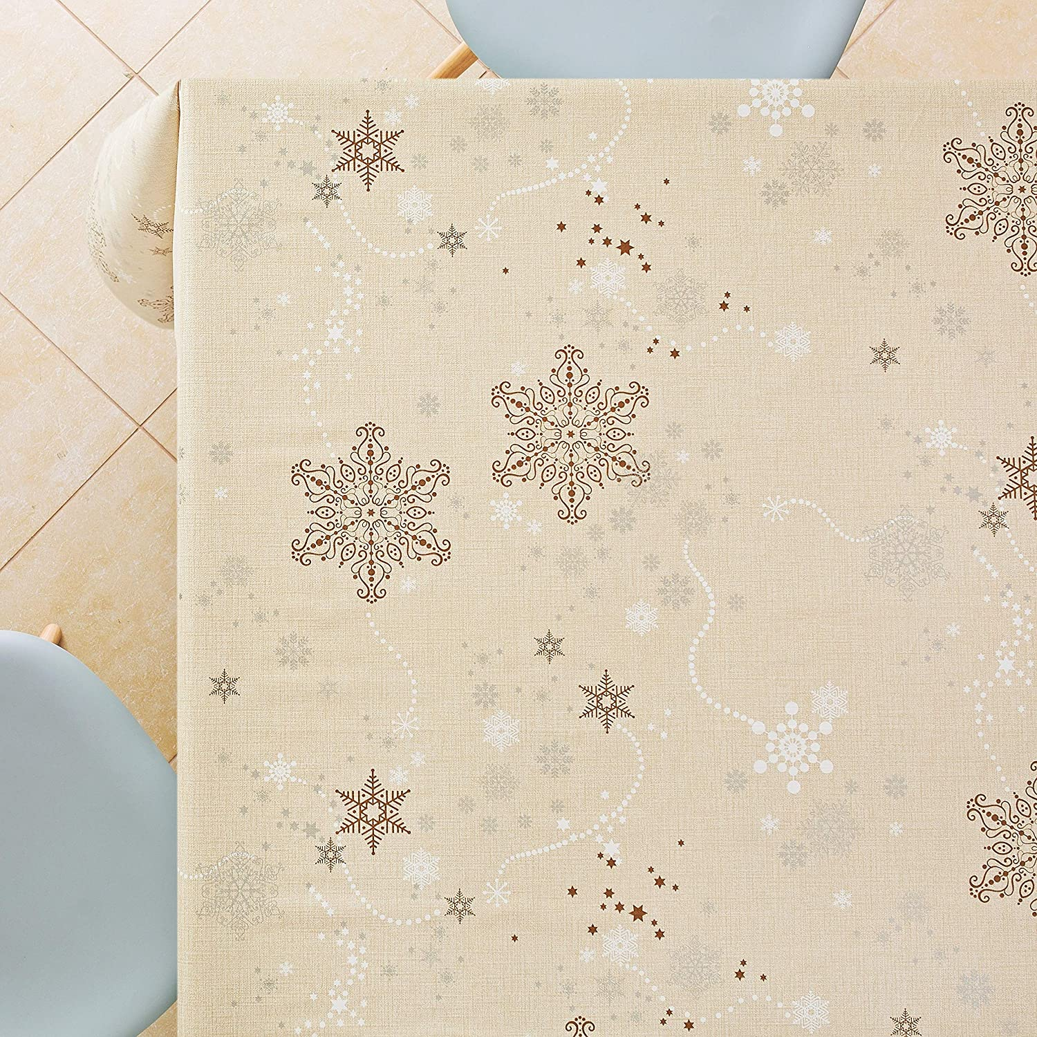 250 x 140cm Reusable Heavy Weight Oilcloth With Embossed Finish KP HOME Festive Merry Christmas Xmas Wipe Clean Vinyl PVC Cream Tablecloth With Snowflakes 98 x 55in For 6-8 Place Settings