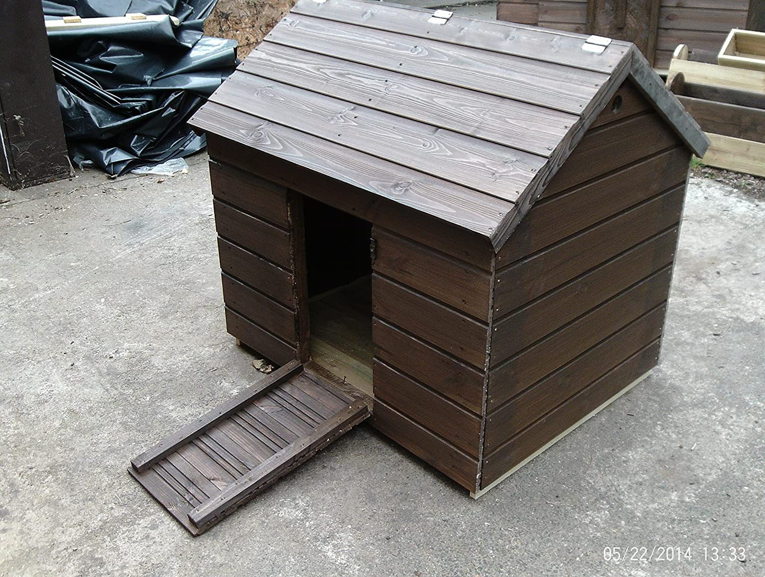 Duck House 100x80x85 Hinge Treated Northumberland Joinery
