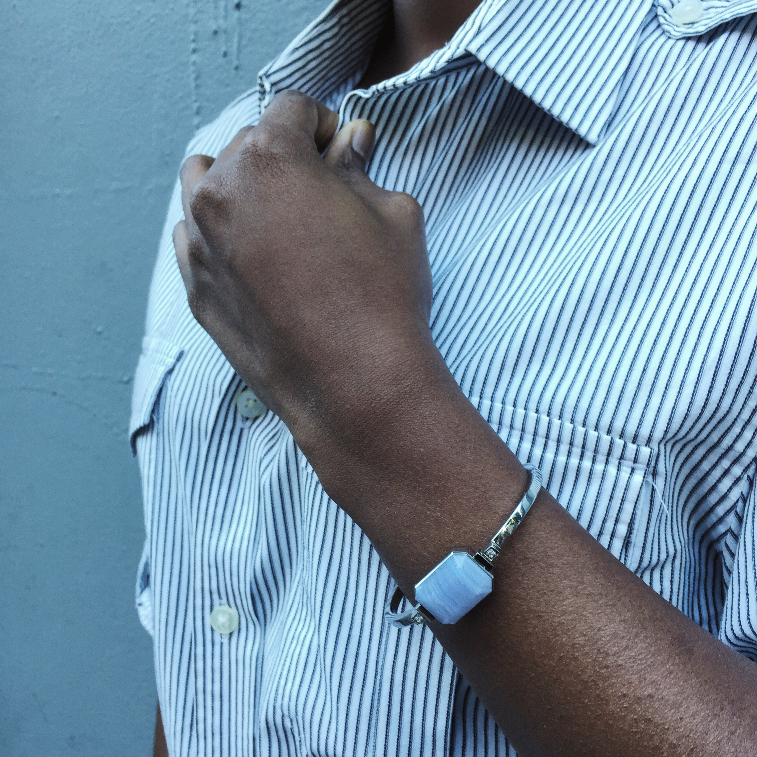 Ringly Luxe - Activity Tracker + Mobile Alerts + Meditation Smart Bracelet by RINGLY (Image #6)