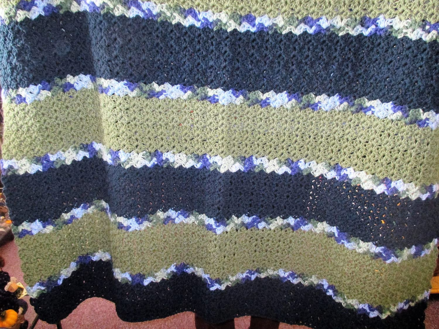 Amazon Hand Crocheted Green And Variegated Shell Afghan Handmade