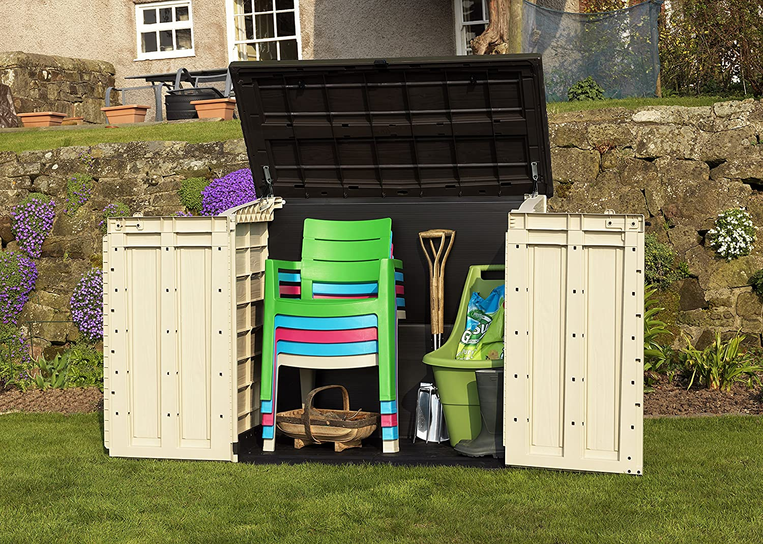 keter store it out max plastic outdoor garden storage shed. Black Bedroom Furniture Sets. Home Design Ideas