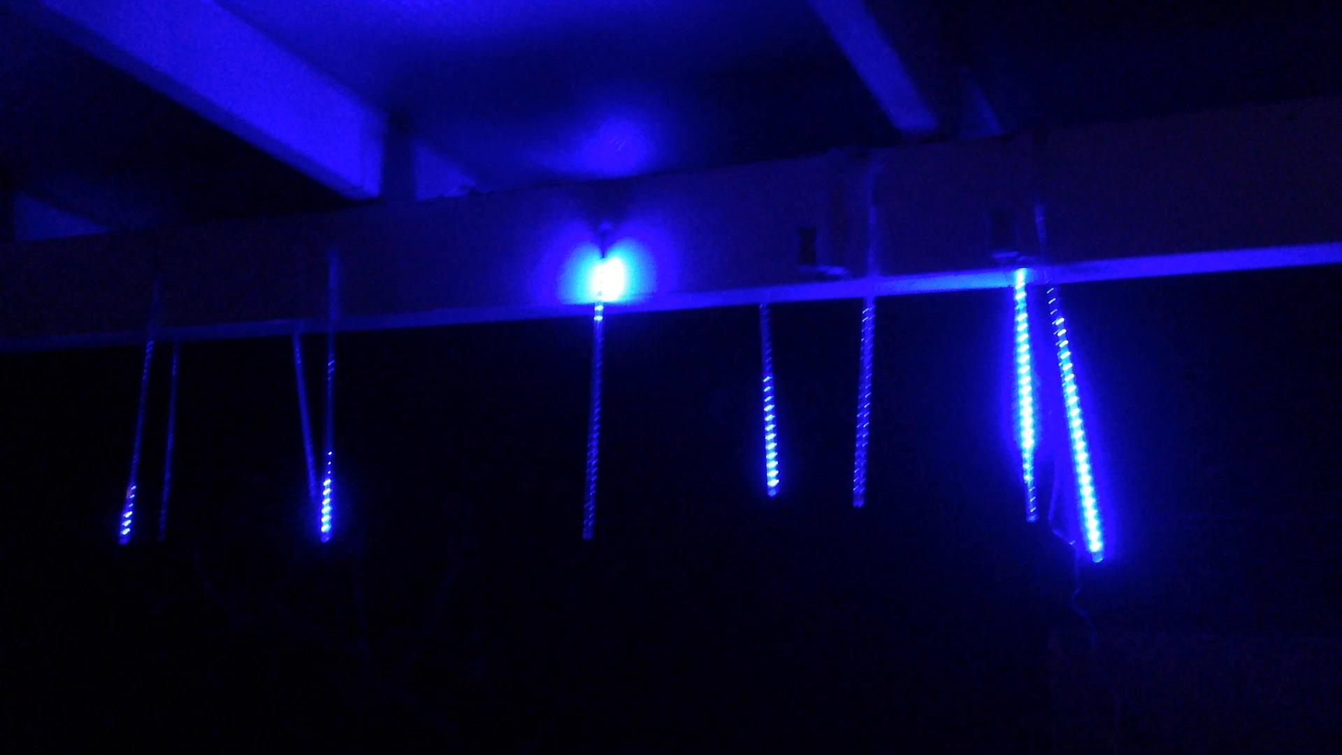 A1tnQt6y7RS Schöne Led Eiszapfen Lichterkette Mit Schneefall Effekt Dekorationen