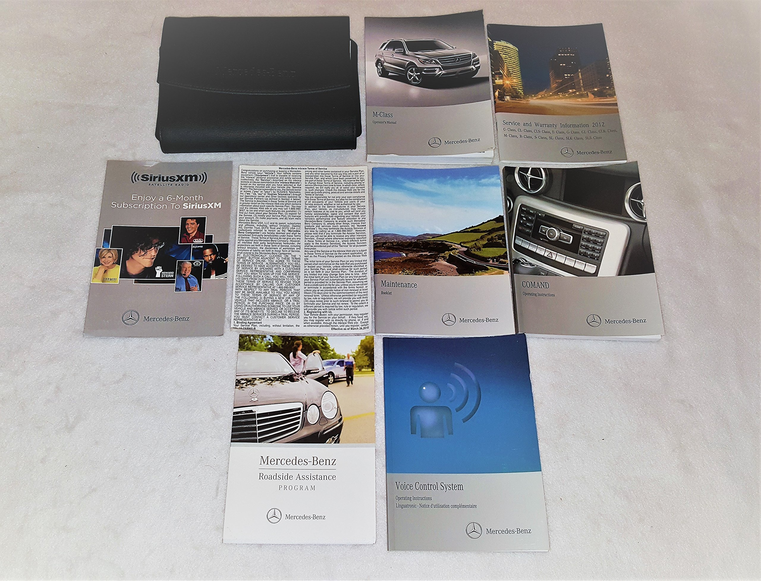 2012 mercedes benz glk owners manual guide book mercedes benz rh amazon com mercedes glk service manual mercedes glk owners manual pdf