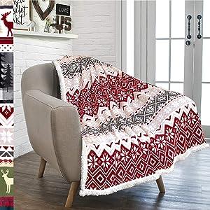PAVILIA Premium Christmas Sherpa Throw Blanket   Christmas Decoration, Fleece, Plush, Warm, Cozy Reversible Microfiber Holiday Blanket 50 x 60