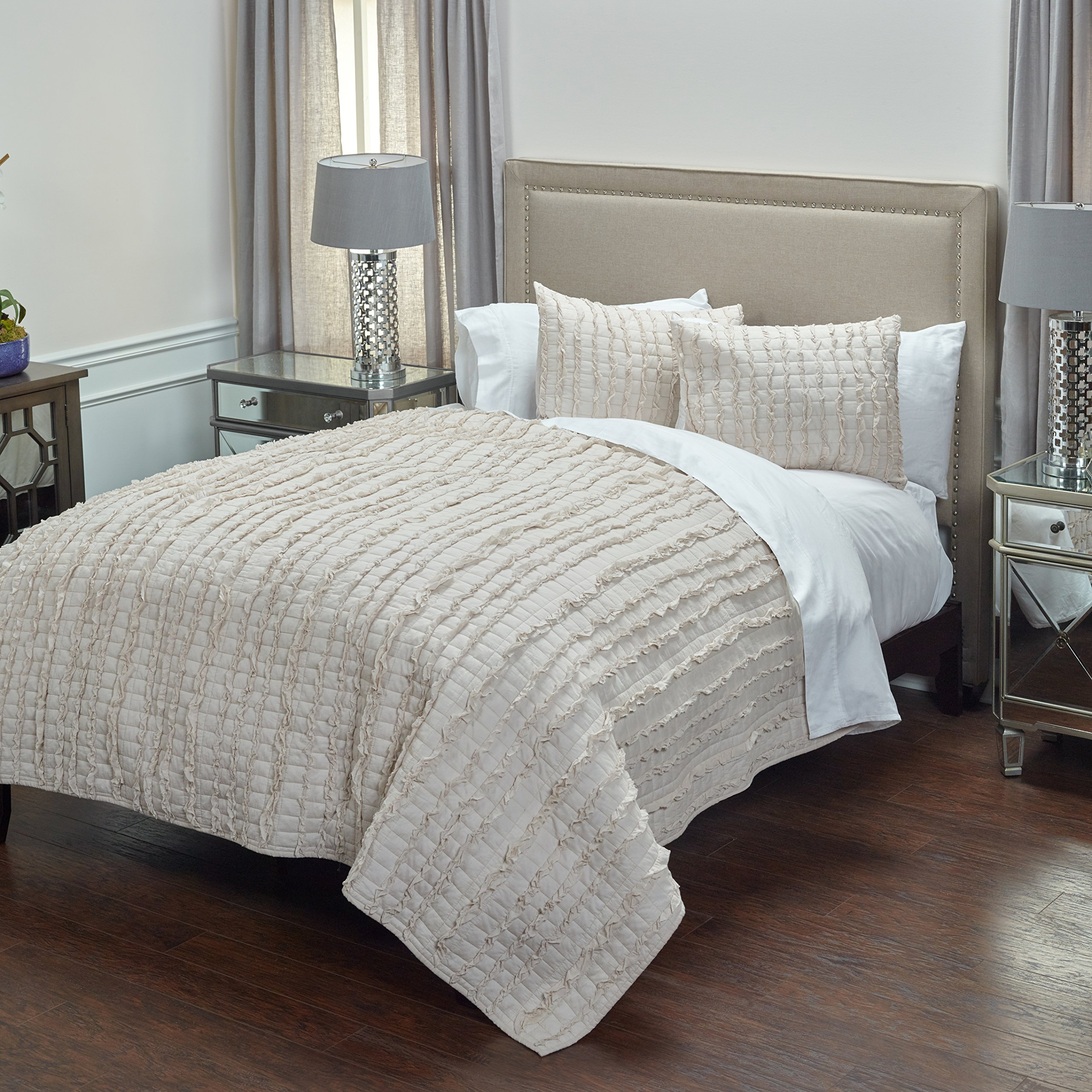 Rizzy Home QLTBT3015TA009092 Quilt, Taupe, Queen