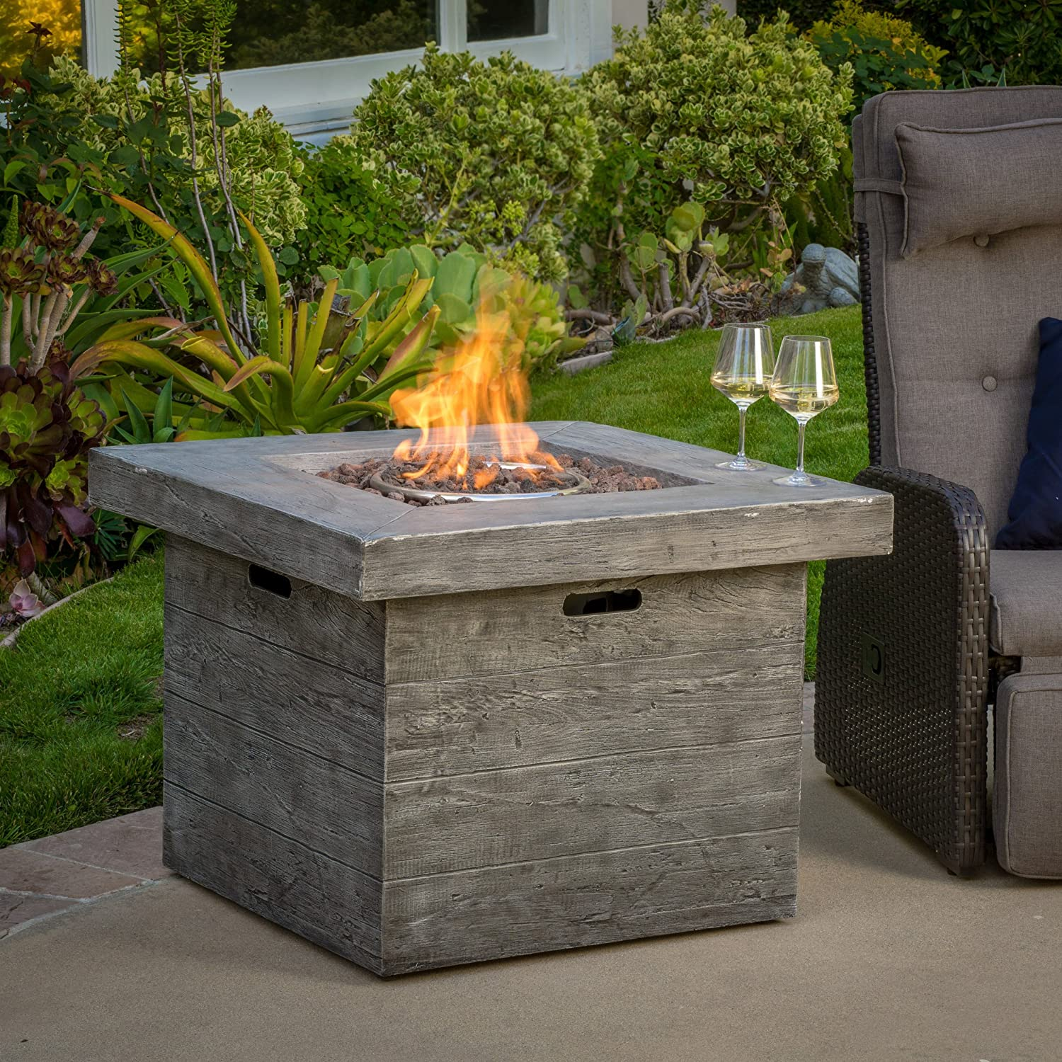 Amazon.com : Vermont Outdoor 32 Inch Square Liquid Propane Fire Pit With  Lava Rocks : Patio, Lawn U0026 Garden