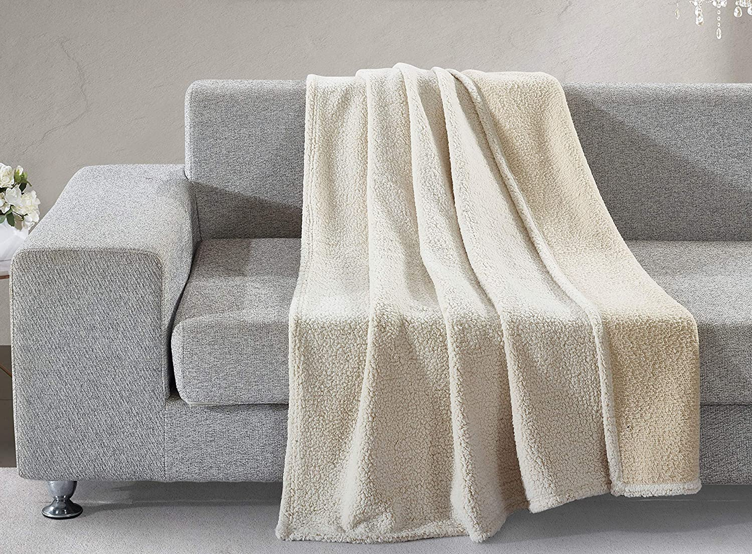 """Home Collections Beige Back Print Sherpa Throw Blanket, 50""""x60"""", Model: 021166149792"""