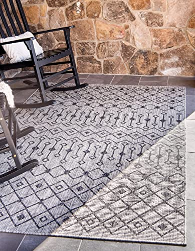 Unique Loom Outdoor Trellis Collection Tribal Geometric Transitional Indoor and Outdoor Flatweave Light Gray Area Rug 7 0 x 10 0