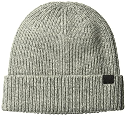 cc9f2b9485b Amazon.com  Under Armour Women s Charged Wool Beanie