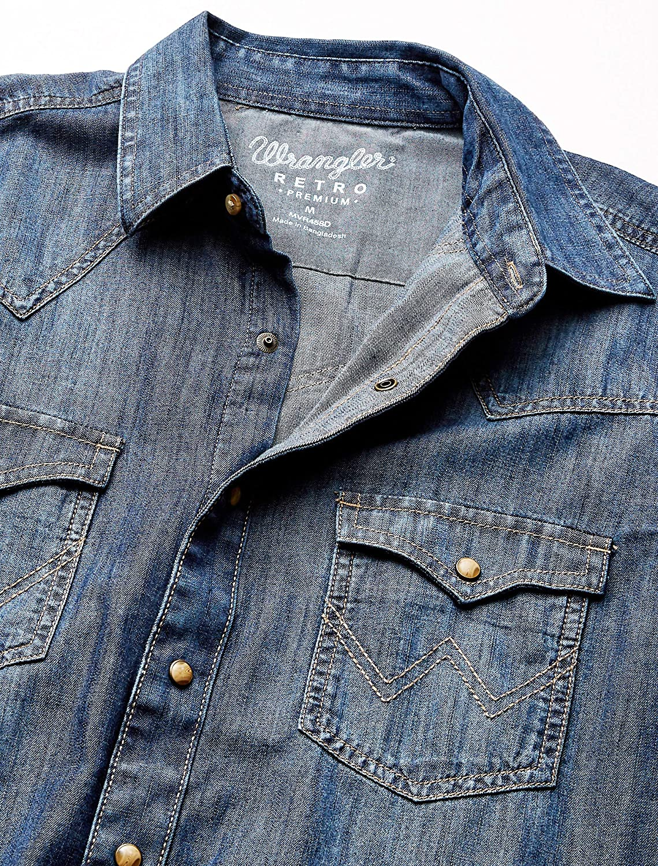 Wrangler Men's Retro Two Pocket Long Sleeve Snap Shirt: Clothing