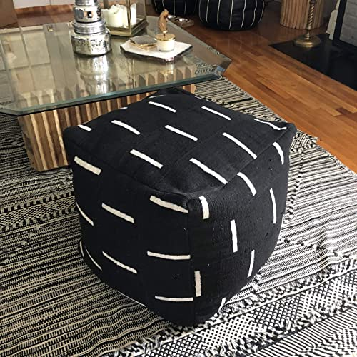 Remarkable Amazon Com Black And White Mudcloth Square Pouf Or Ottoman Evergreenethics Interior Chair Design Evergreenethicsorg