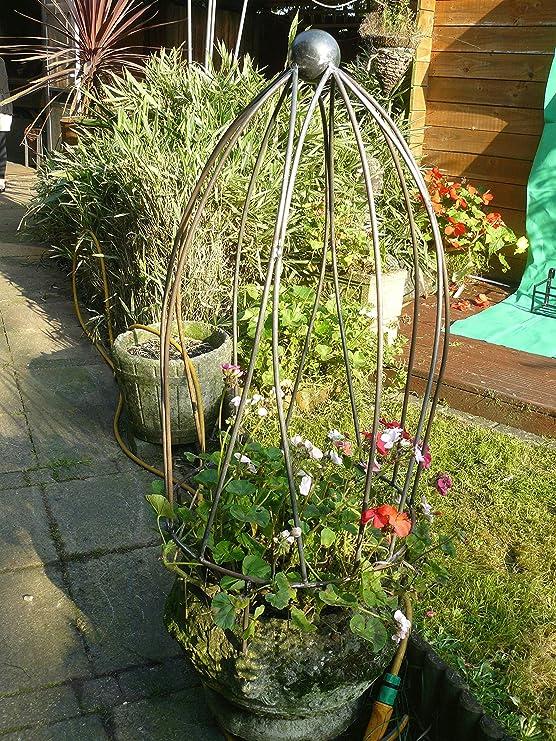 Tulipanes de hierro forjado jardín obelisco un-finished, natural ...