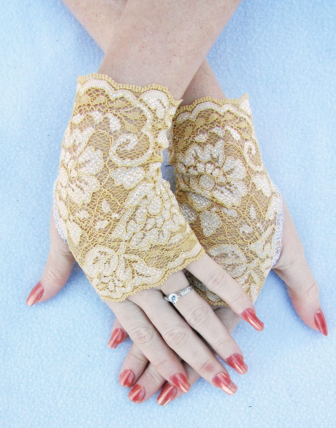 Gold lace Fingerless Gloves