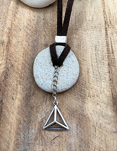 Amazon Com Natural Raw Hag Stone Pendant With Pyramid Beach Holey Stone Protection Necklace Handmade Everything you love about souq is now on amazon.sa. natural raw hag stone pendant with pyramid beach holey stone protection necklace