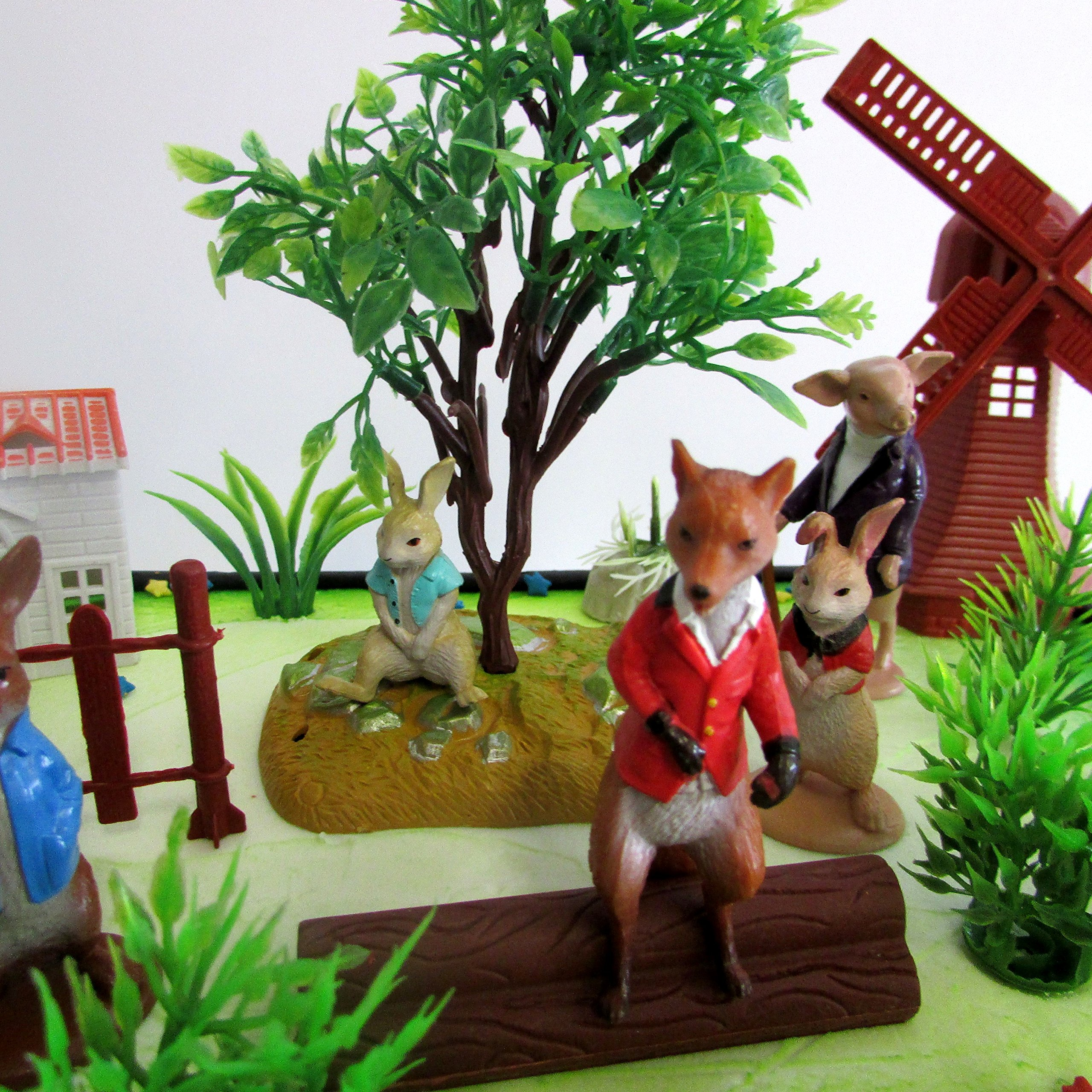 Cake Toppers Beatrix Potter Peter Rabbit Birthday Set Featuring Peter Rabbit and Friends Figures with Decorative Themed Accessories by Cake Toppers (Image #5)