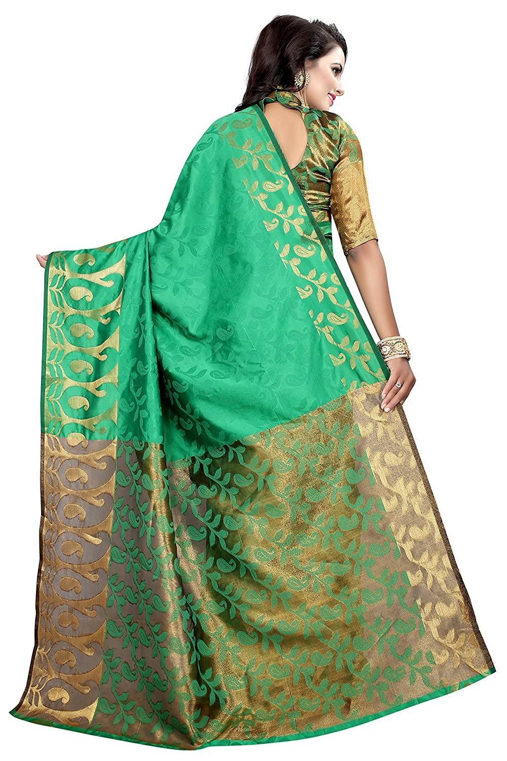 c72a2f10c7c74 Bindani Studio Women s Green Colour Silk Saree With Blouse Material   Amazon.in  Clothing   Accessories