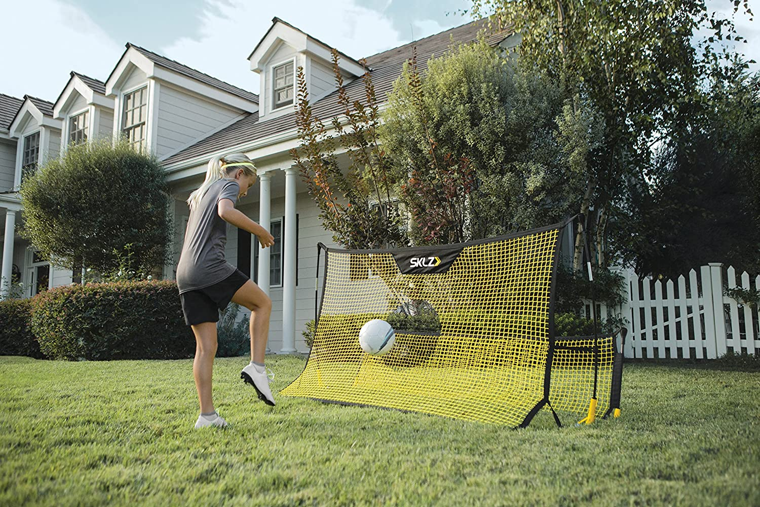 SKLZ Quickster Soccer Trainer Portable Soccer Rebounder Net for Volley, Passing, and Solo Training : Sports & Outdoors