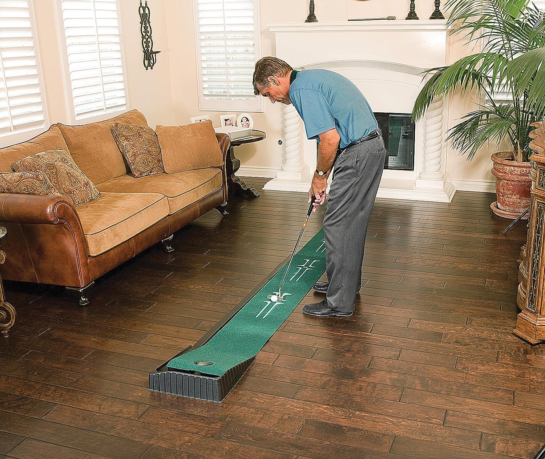 Amazon.com : SKLZ Accelerator Pro Ball Return Putting Mat : Golf ...