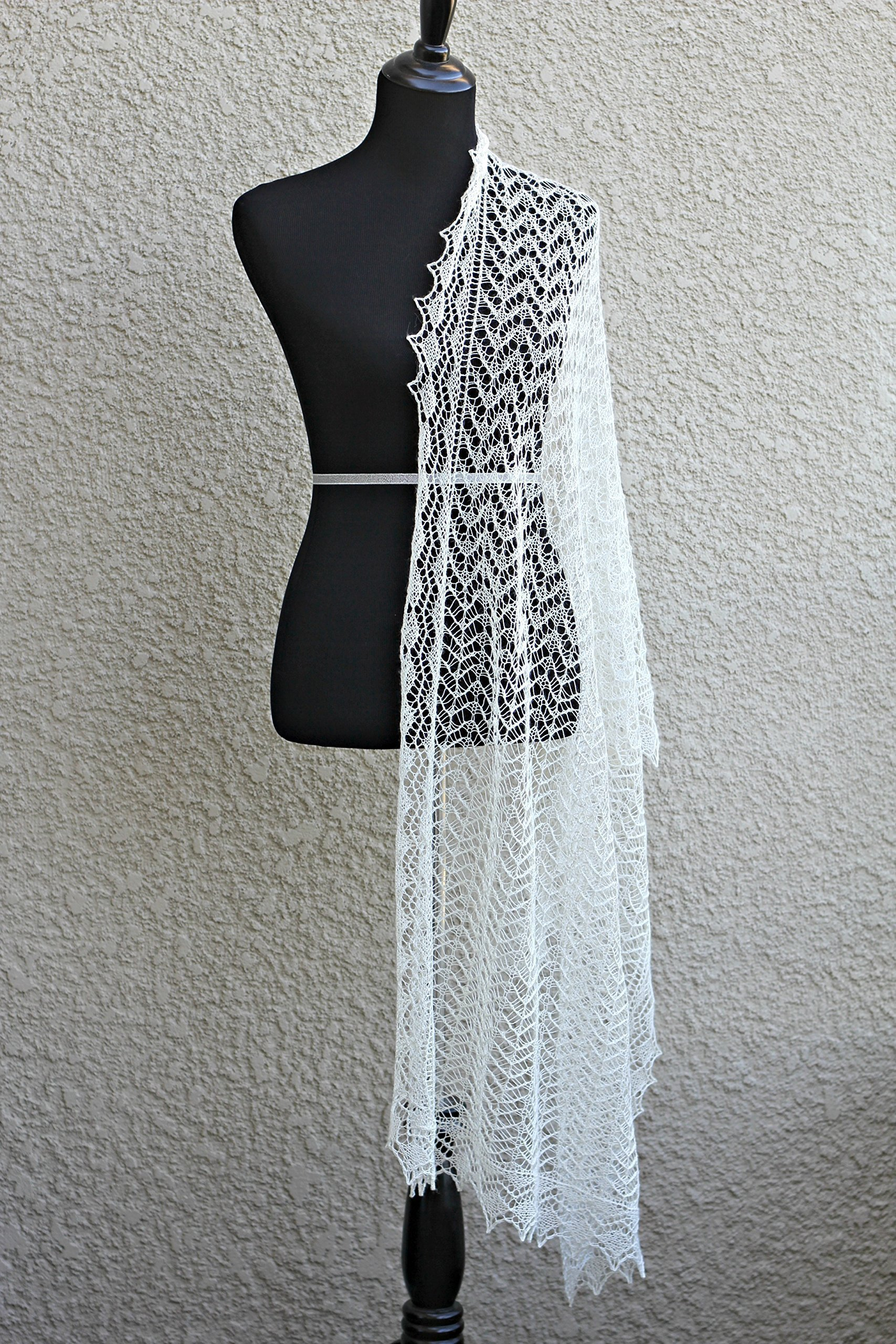 Knit wedding shawl with laced body and border
