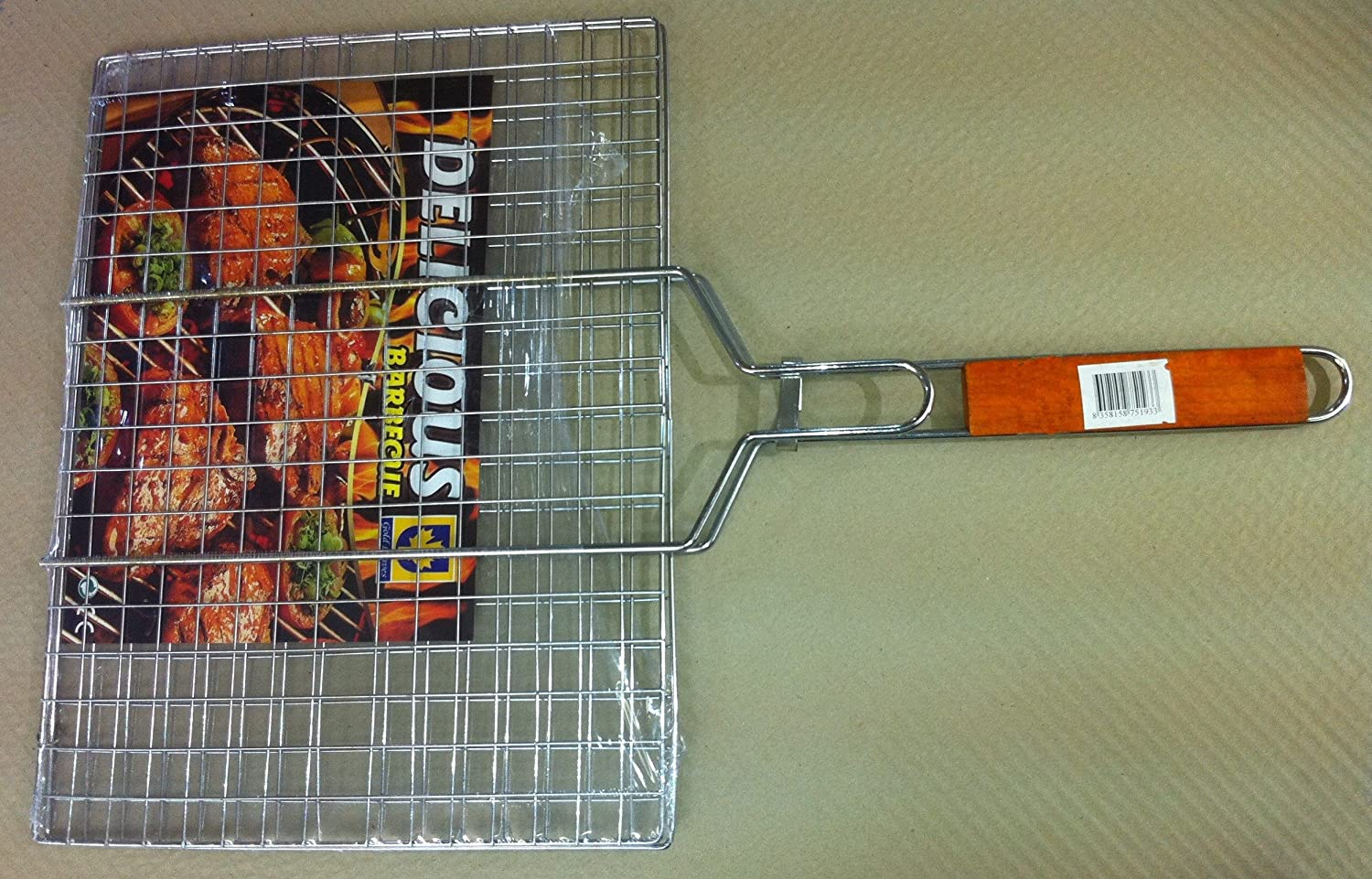 BBQ Collection Barbecue Grill Basket With Wooden Handle (40cm x 30cm)