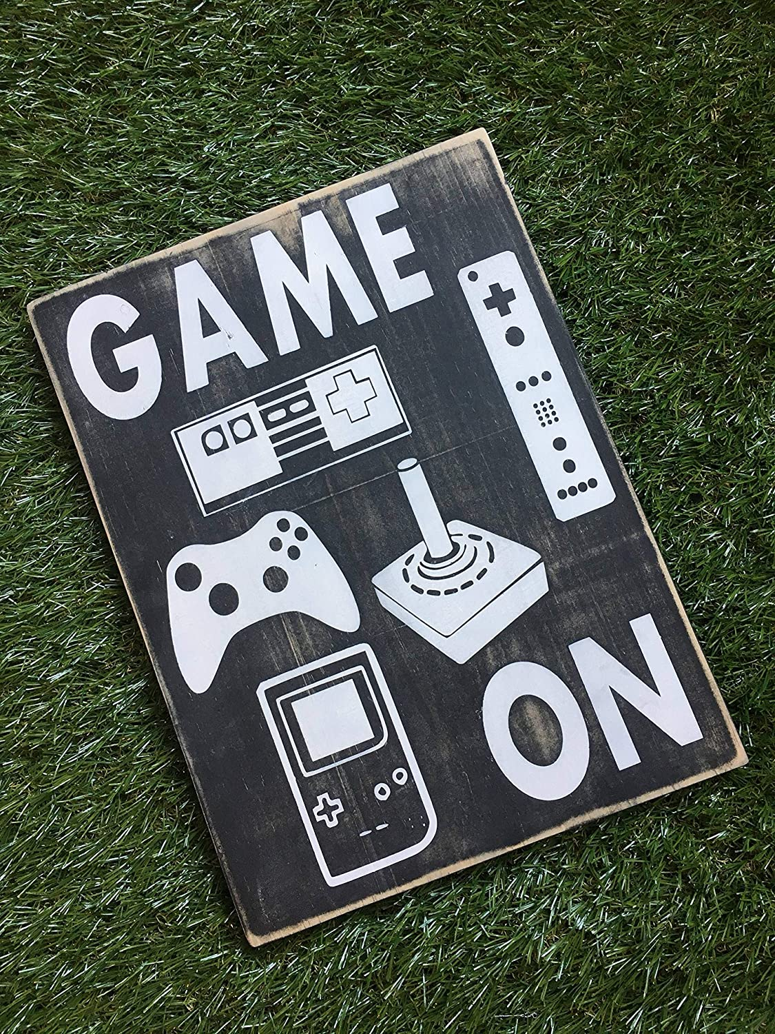 EricauBird Wood Sign-Game on Wood Sign Video Game Sign, Home Wall Art, 8x12