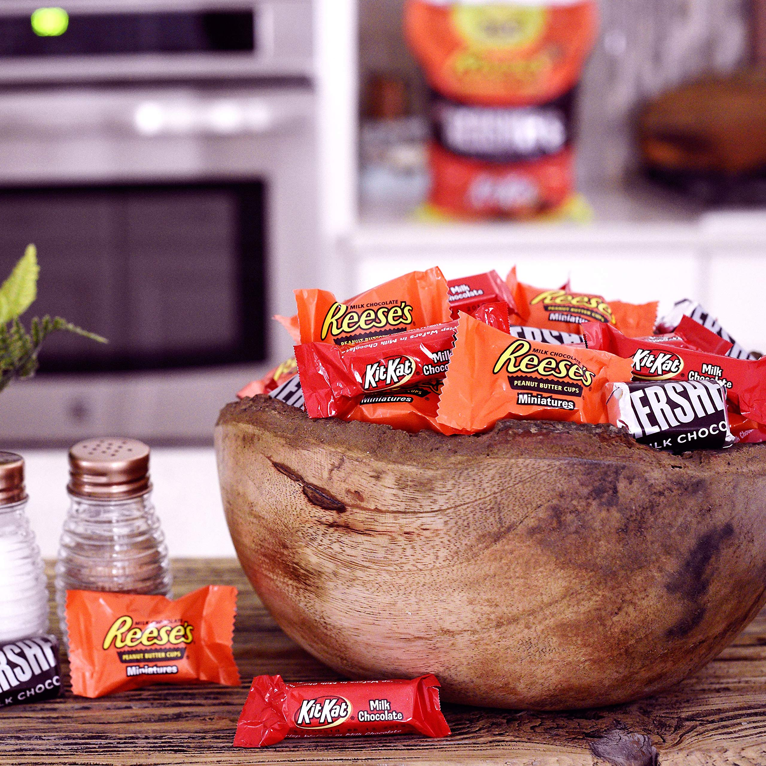 HERSHEY'S 5 Pound Candy Assortment, Bulk Chocolate Candy , HERSHEY'S, REESE'S, and KIT KAT, 265 Pieces by HERSHEY'S (Image #4)