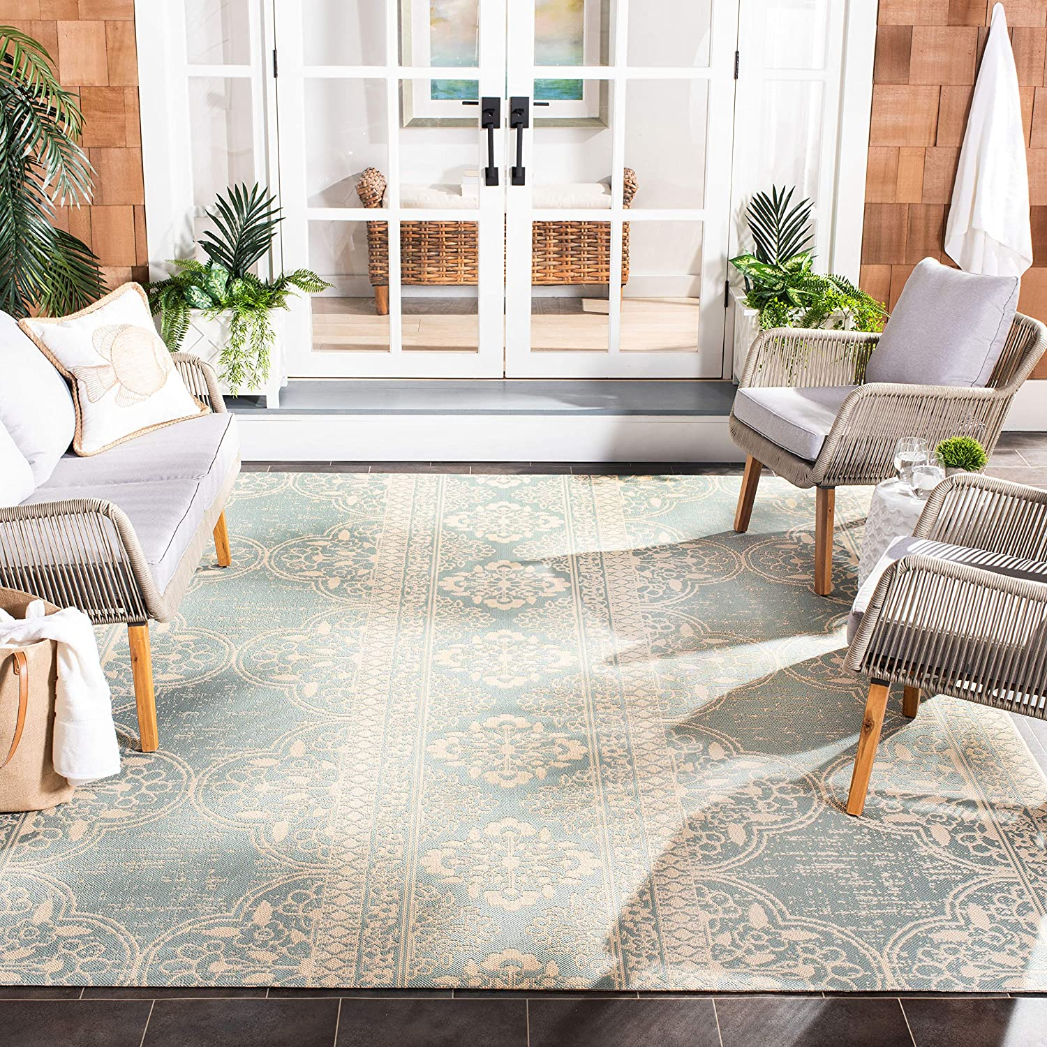 Safavieh Beach House Collection Bhs174l Indoor Outdoor Non Shedding Easy Cleaning Patio Backyard Porch Deck Mudroom Accent Area Rug 4 X 6 Cream Aqua Furniture Decor