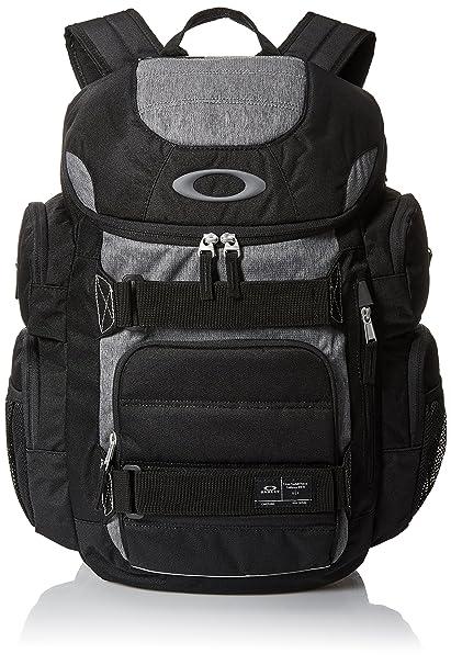 dd426c4783 Oakley Enduro 30l 2.0 Accessory  Amazon.ca  Clothing   Accessories