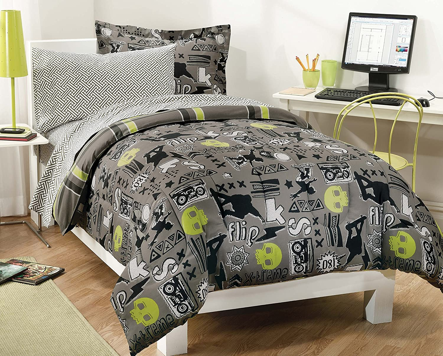 Amazon My Room Extreme Skateboarding Boys Comforter Set With 180Tc Sheets Gray Twin Home Kitchen