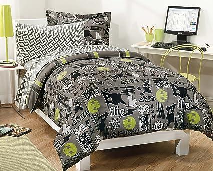 amazon com my room extreme skateboarding boys comforter set with