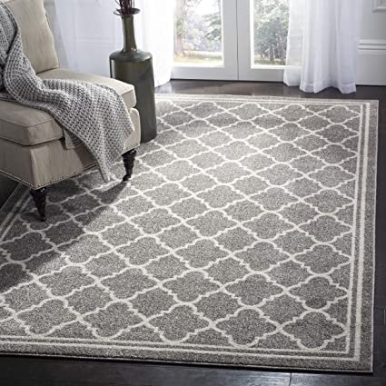 Amazoncom Safavieh Amherst Collection Amt422r Dark Grey And Beige