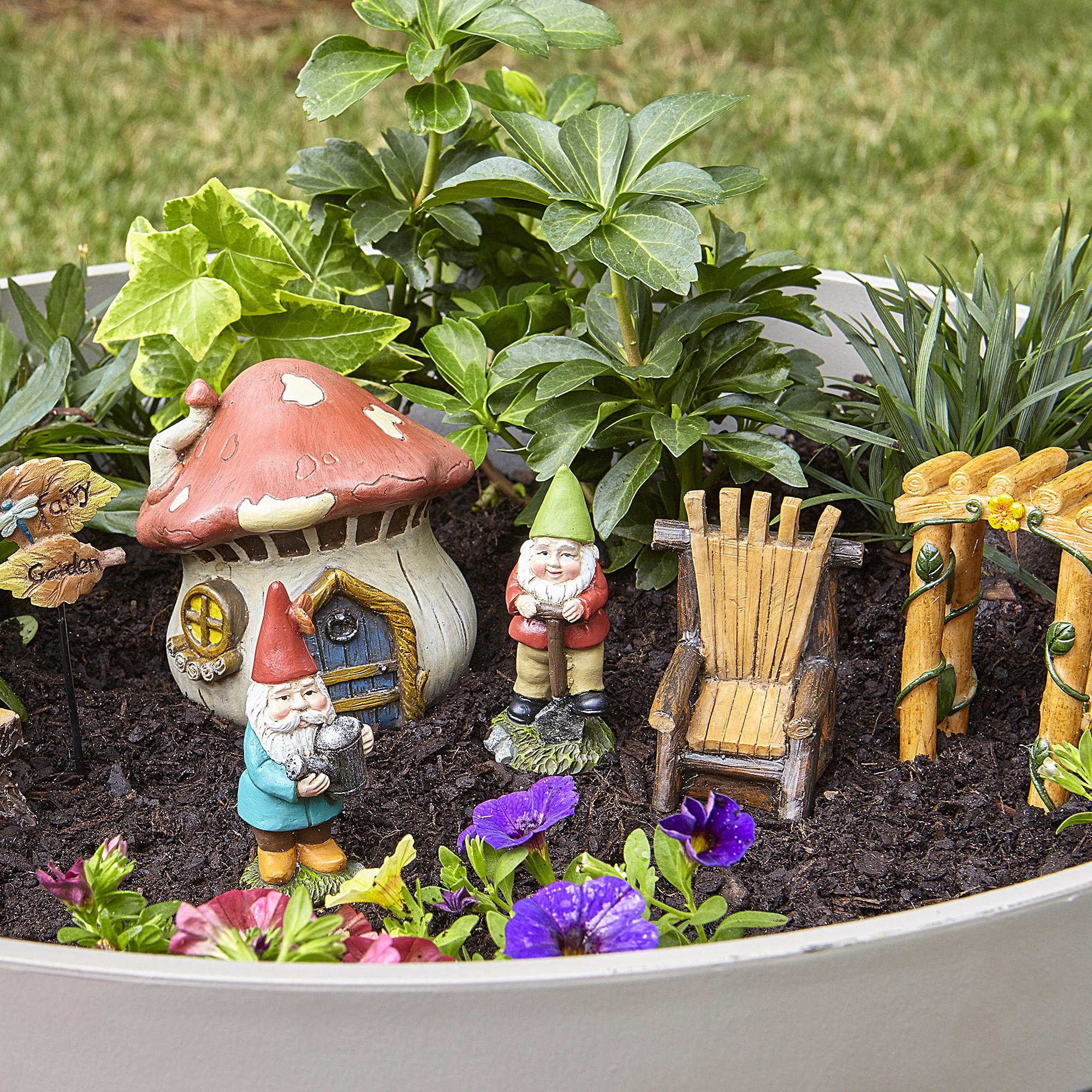 Essential Garden Fairy Garden Kit~ GNOMES & MUSHROOM HOUSE Set ~ 7 Pc Figure Set