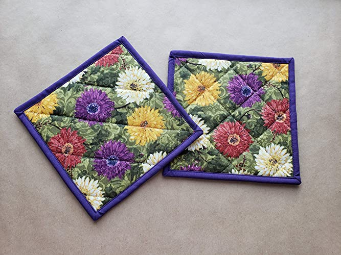 Gerber Daisy Potholders Set Of 2, Spring Kitchen Linens, Floral Home Decor,  Zinnia