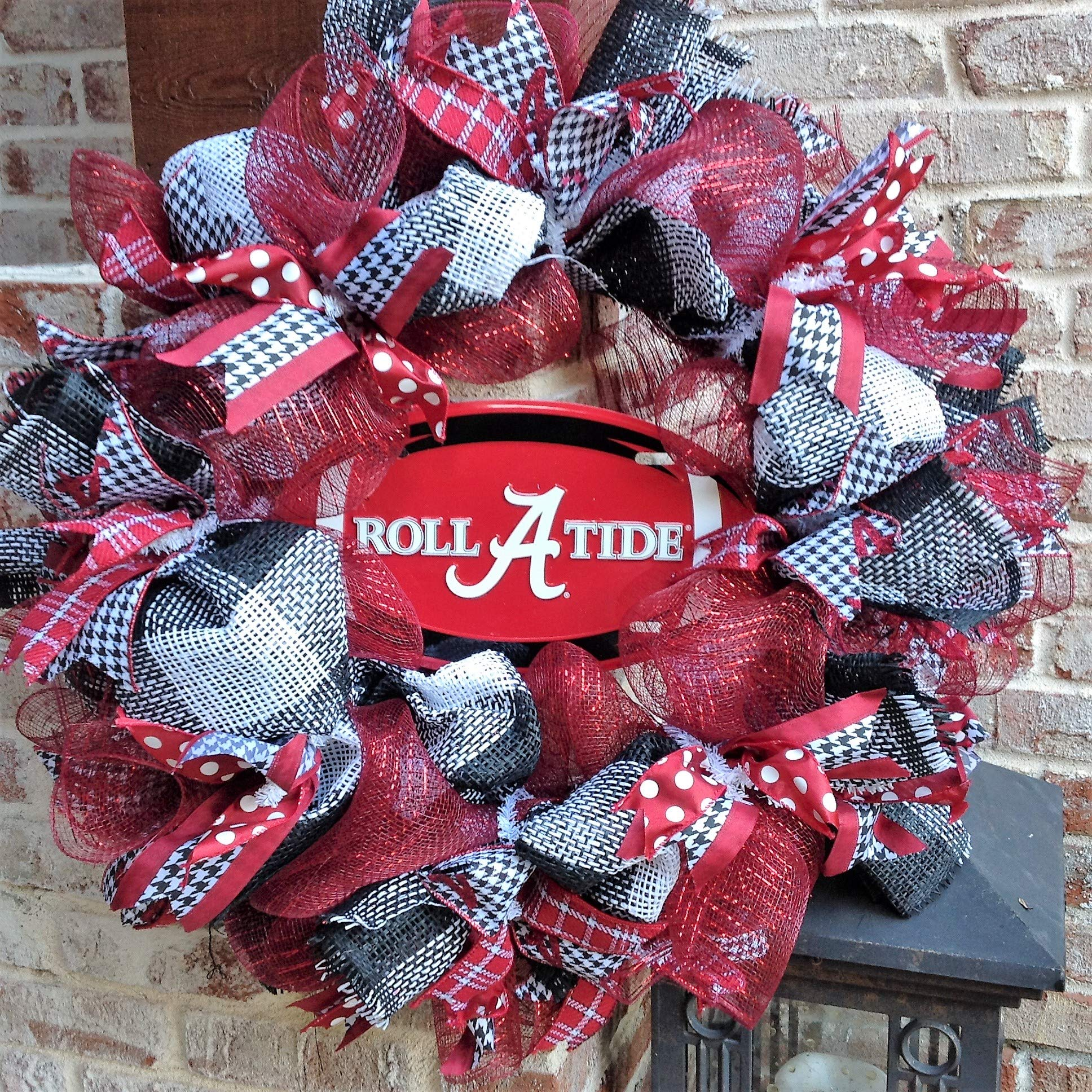 Flora Decor Alabama Crimson Tide Collegiate Wreath w Football -26''