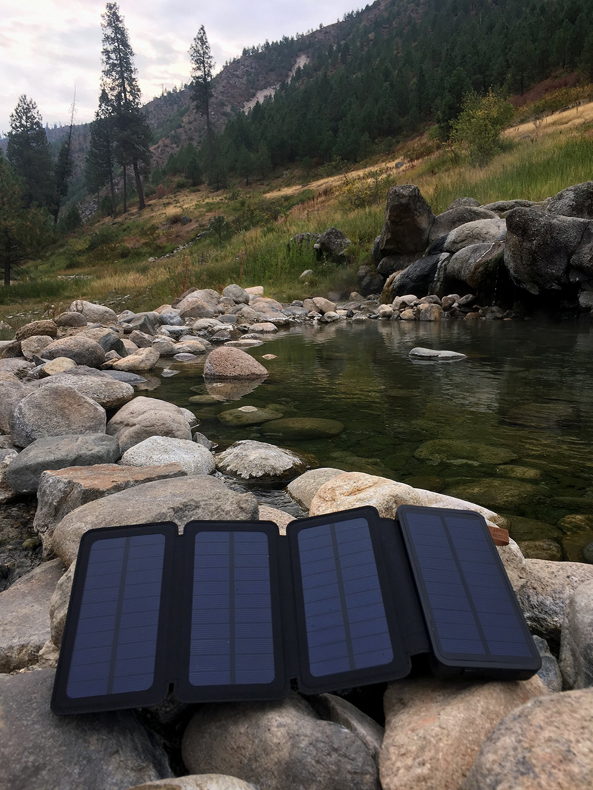 SunJack 5W Solar Charger Power Bank Portable External Battery with Flashlight for iPhone, iPad, Samsung, Backpacking, Camping, Hiking by SunJack (Image #7)