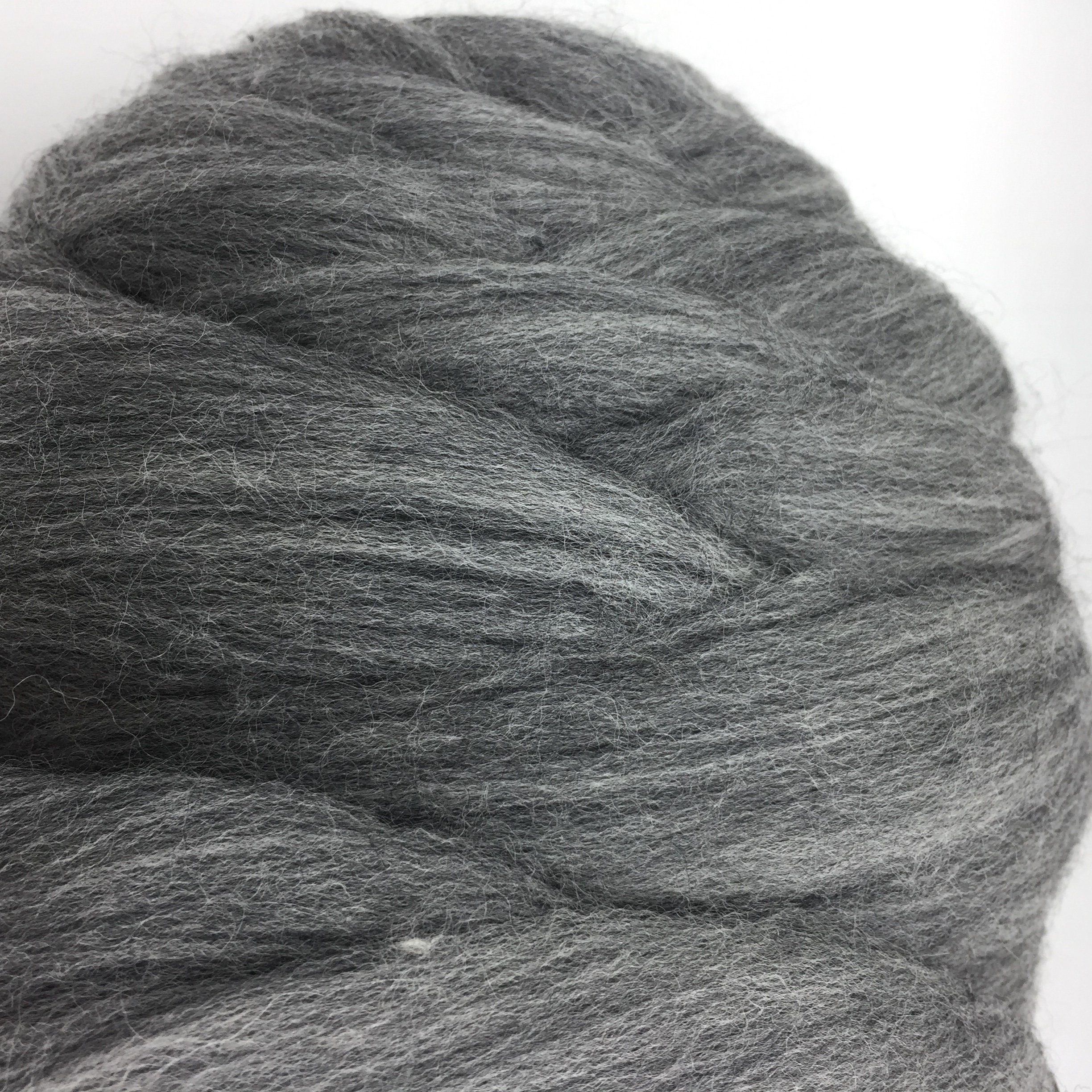 100% Wool Super Chunky Yarn - Non-Mulesed Merino Wool Roving Top,Extreme Big for Arm Knitting Knit Blankets Throws (4.4 LBS -88in, Gray) by FLORAVOGUE (Image #3)