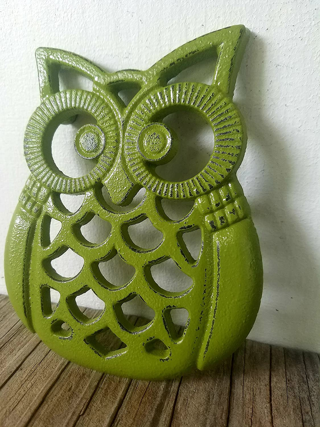 Olive green Heavy Duty Cast Iron Owl Kitchen Trivet – Rustic Woodland Animal Decor – Unique Housewarming Gift